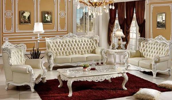 欧式沙发多以深色为主,沙发皮面多使用真皮,喜欢镶嵌玉石,款式较大.