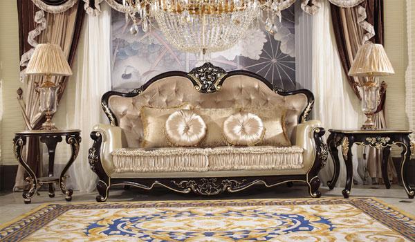 欧式沙发是一种品位的象征。它追求庄严、宏大,强调理性的和谐、宁静,追求浪漫主义的华丽性、装饰性,要么追求非理性的无穷幻想,富有戏剧性、激情性。通常,欧式沙发的轮廓和各个转折部分则由对称、富有节奏感的曲线或曲面构成,并装饰镶嵌镀金铜饰。 欧式沙发给人的整体感觉是十分庄重,它的特点是结构简练、线条流畅、艺术性强、色彩鲜艳。